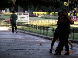 tango-est